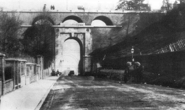 The original Archway Bridge