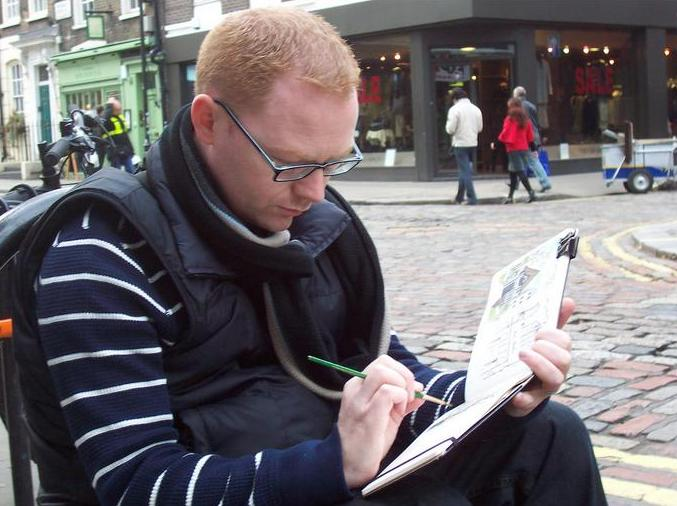 Pete Scully sketching in Soho (c) Pete Scully
