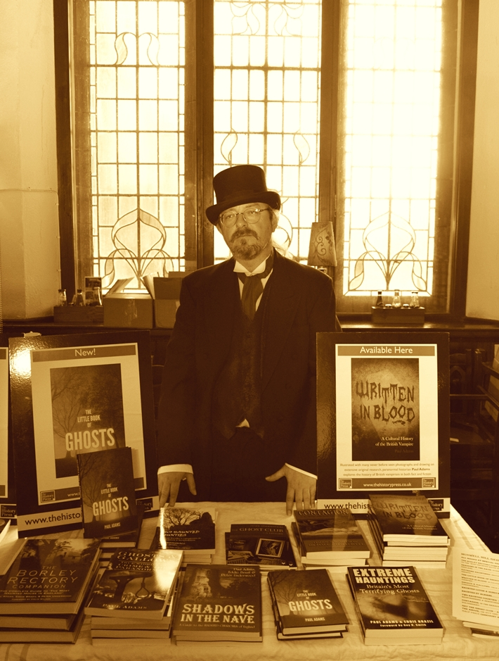 Paranormal author Paul Adams at the Muswell Hill Geisterfest 2014 (c) Newton Photographic
