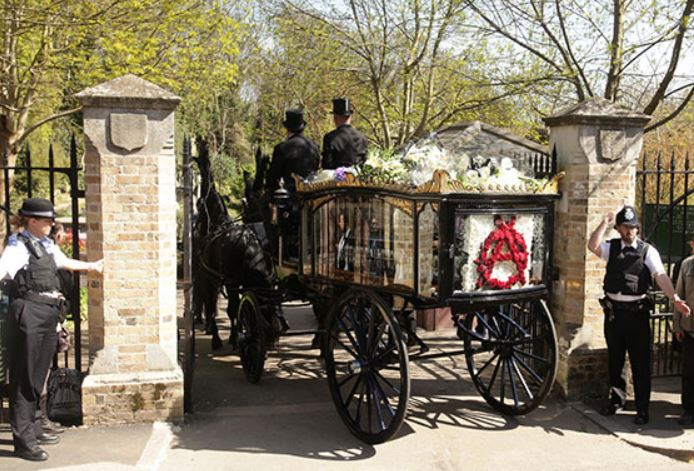 Malcolm McLaren's coffin arrives at Highgate Cemetery East April 2010 (c) Yui Mok / Press Association